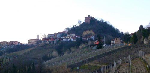 Tra le rocche del Roero: il castello di Monteu