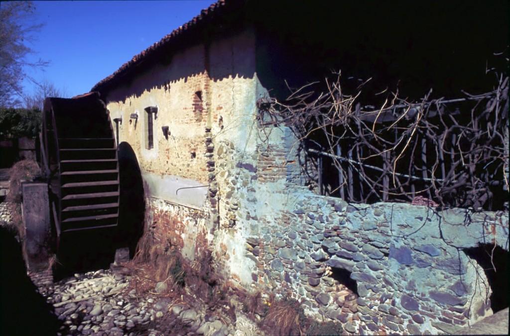Il mulino a ruota idraulica - foto di Giovanni Dughera