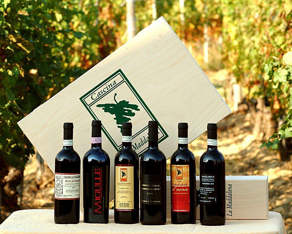 Selezione di bottiglie - Cascina La Maddalena a Rocca Grimalda
