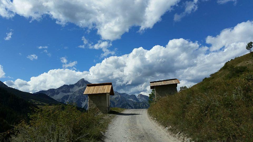 Scorcio della Val Thuras (Alta Val Susa) tra le borgate di Thures e Rhuilles
