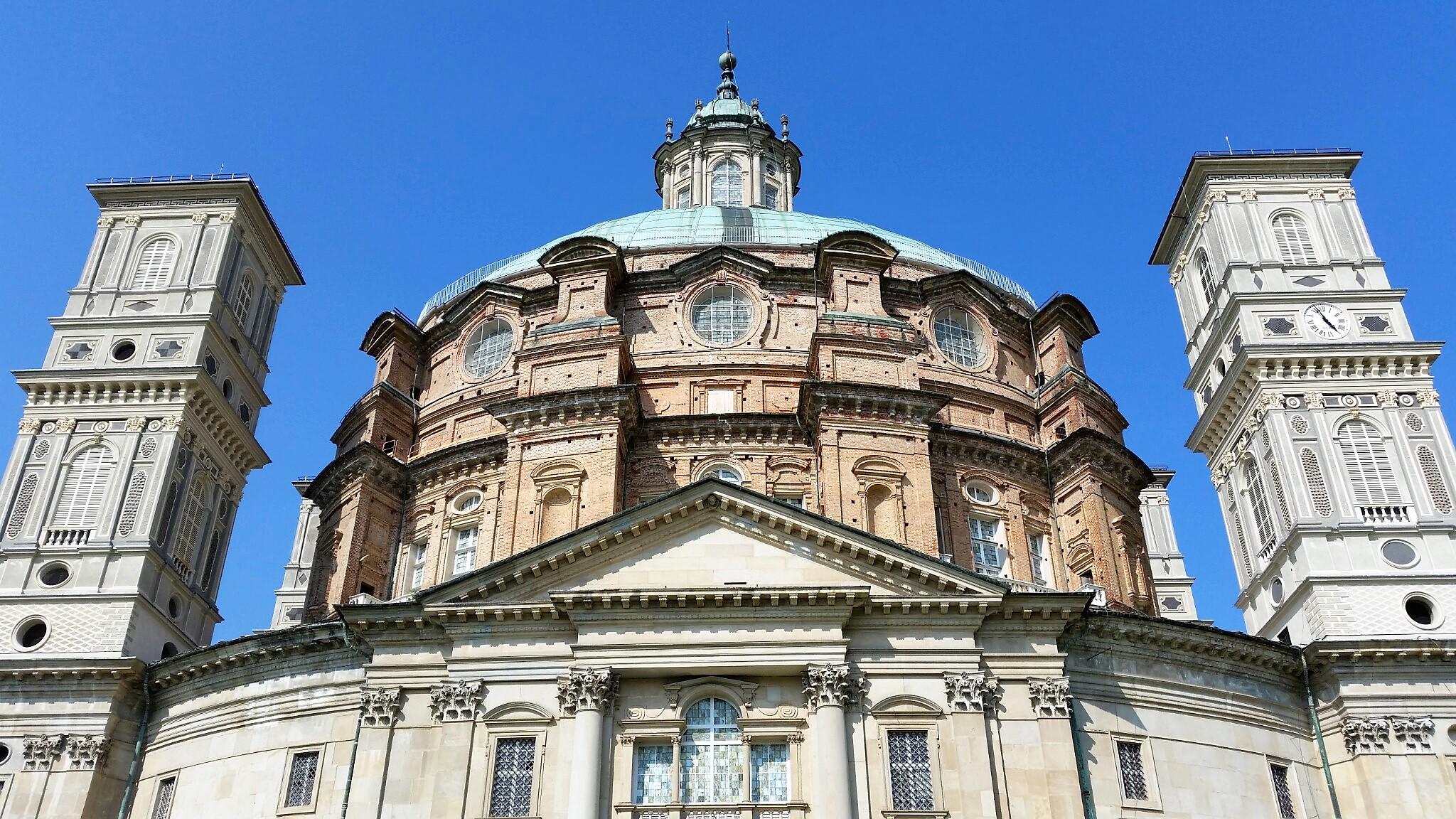 Il Santuario di Vicoforte, luogo di devozione mariana e sepolcreto sabaudo con duplice primato mondiale: la cupola ellittica più grande e l'affresco a tema unico più ampio