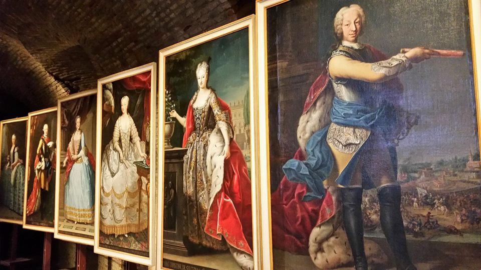 Spese ordinarie e speciali al vaglio di Sua Maestà - II parte: spese per l'Arte di corte, comprese le chincaglierie, e per frivolezze