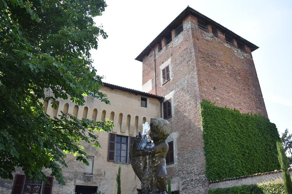 """Roppolo, riapre alle visite il castello del """"murato vivo"""" appartenuto ai vercellesi Bichieri e ai canavesani Valperga"""
