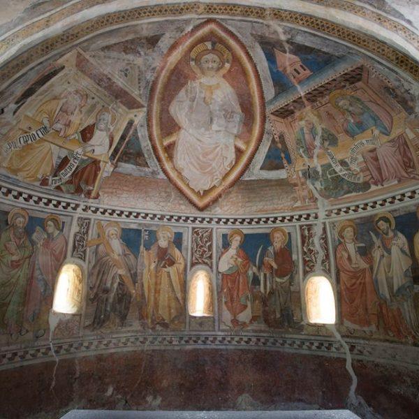 La musica dipinta della cappella di San Salvatore, il più antico edificio religioso della valle Maira