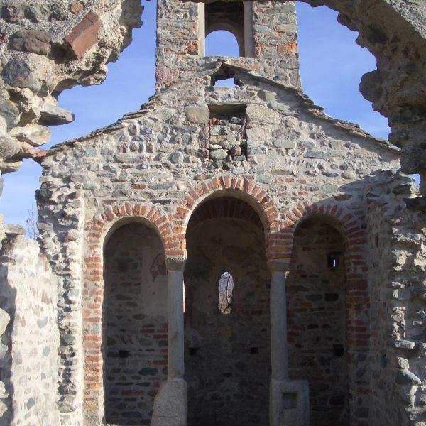 Le rovine del Gesion a Piverone, una suggestiva ipotesi sull'origine bizantina