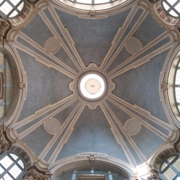 La chiesa di santa Chiara, capolavoro del Vittone nel cuore del Quadrilatero torinese