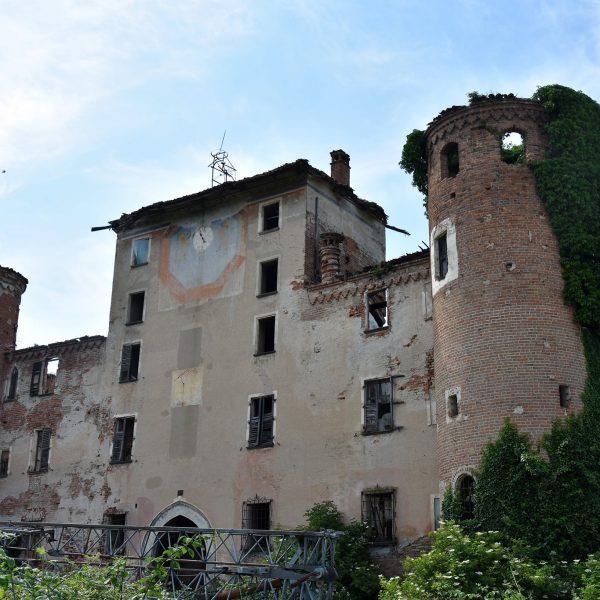 Piemonte da salvare - insediamenti rurali fortificati nella pianura tra Torino e Cuneo: i castelli di Carpenetta e Bonavalle